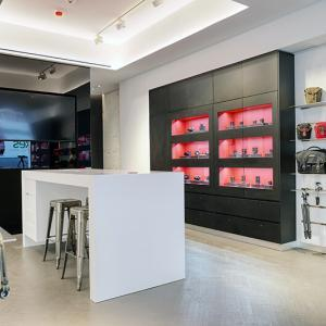 DNLEICA - Interior Shop - A2
